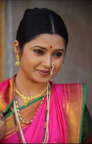 घरंदाज 1 (मराठी कथा:Marathi story)